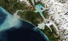 Ảnh chụp sông băng Alaska thu hẹp sau 35 năm