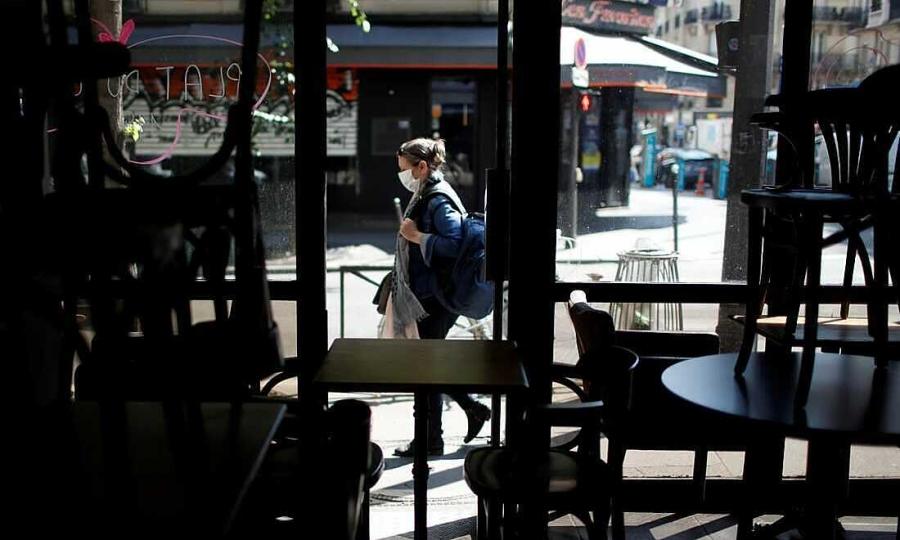 Đâm nhân viên phục vụ vì bị bắt đeo khẩu trang