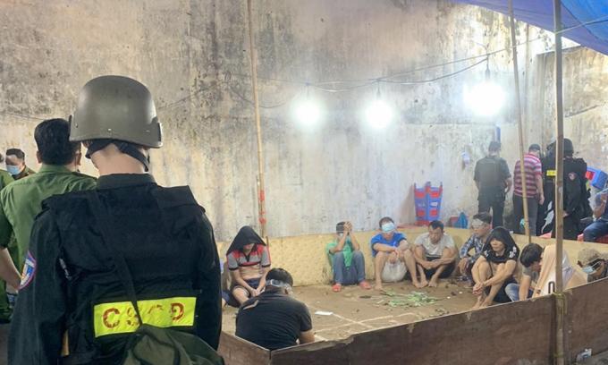 Sòng bạc 200 người ở Sài Gòn hoạt động thế nào