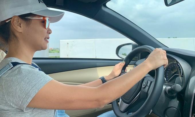 'Phụ nữ cần chiếc xe không hỏng giữa đường'