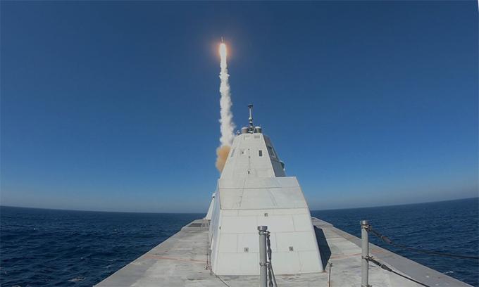 Toàn bộ khu trục hạm Mỹ sẽ mang tên lửa siêu vượt âm