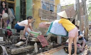 Nước lũ rút ở nhiều tỉnh miền Trung