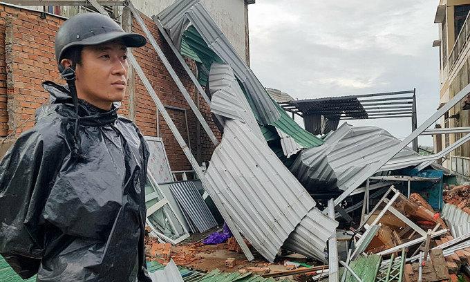 Hơn 56.000 ngôi nhà tốc mái do bão Molave