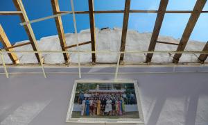 Dọn dẹp trường học ở tâm bão Quảng Ngãi