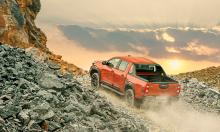 Toyota Hilux 2020 bứt tốc doanh số