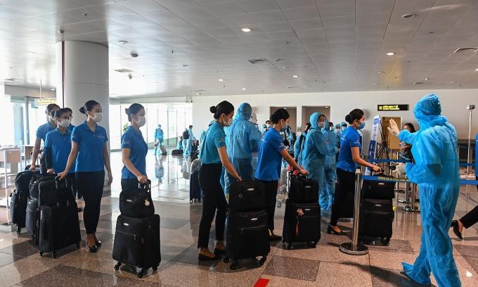 Hơn 100 nhân viên Vietnam Airlines chuyển cơ sở cách ly