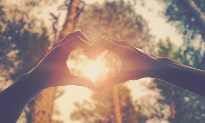 Tám thành ngữ tiếng Anh về tình yêu