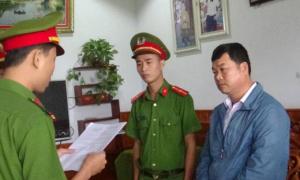 Ba cán bộ xã lập khống danh sách trực dân quân tự vệ