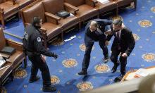 Nghi vấn 'nội gián' tiếp tay bạo loạn trong quốc hội Mỹ