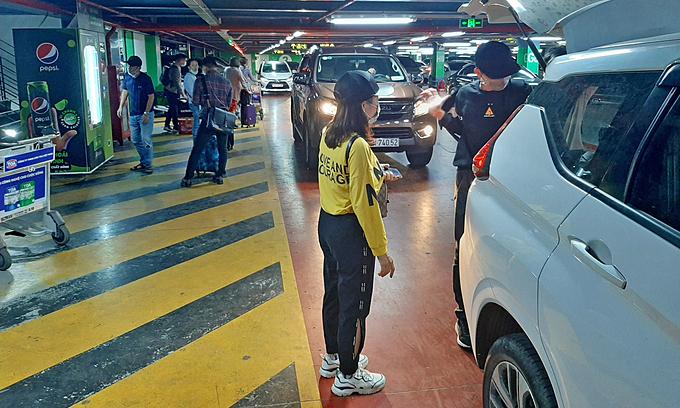 Xe công nghệ đề xuất mở làn riêng ở sân bay Tân Sơn Nhất
