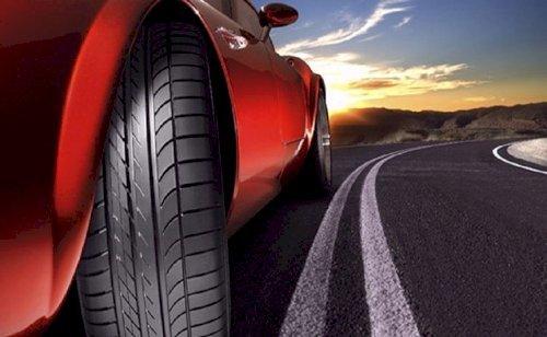 Thường đi cao tốc nên chọn lốp nào?