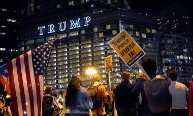 Thương hiệu Trump ra sao sau khi rời Nhà Trắng?