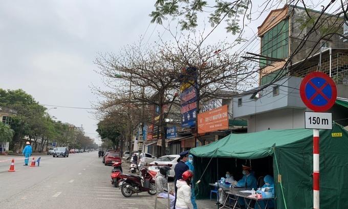Phong tỏa thôn 400 hộ dân ở Hải Dương