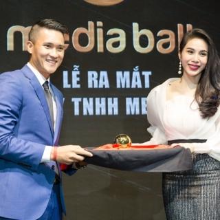 Ca sĩ Thuỷ Tiên: 'Kinh doanh và nghệ thuật đều cần tỉnh táo'