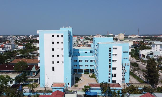 Bệnh viện 150 tỷ đồng không có thang thoát hiểm