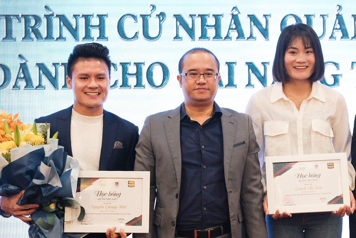 Cầu thủ Quang Hải trúng tuyển Đại học Kinh tế