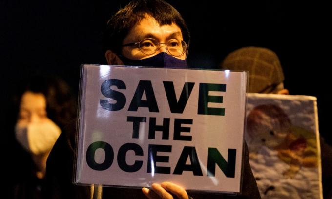 Tranh cãi về nước thải nhà máy hạt nhân Fukushima