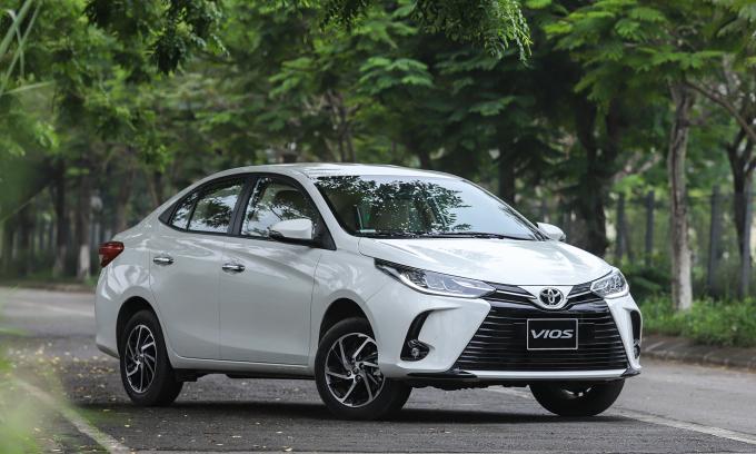 Đánh giá Toyota Vios 2021 - xe 'quốc dân' thêm cá tính
