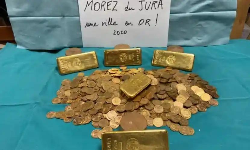 Phát hiện kho 1.000 đồng tiền vàng trong ngôi nhà cũ
