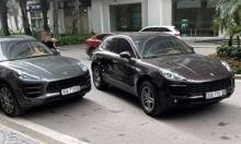 Hai xe Porsche trùng biển số gặp nhau