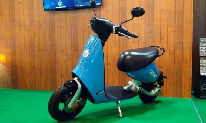 Benelli Dong - xe máy điện dáng lạ giá 2.600 USD