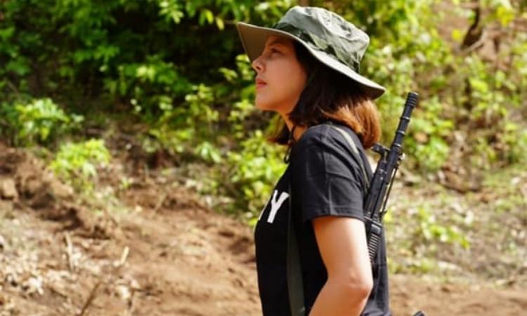 Cựu hoa hậu Myanmar gia nhập phiến quân