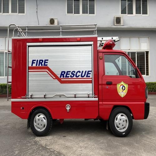 Xe chữa cháy cỡ nhỏ sử dụng trong công tác phòng cháy, chữa cháy và cứu nạn, cứu hộ