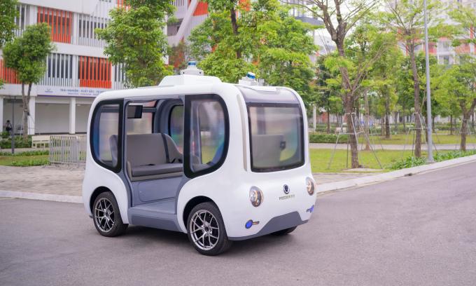 Những ôtô điện tự hành do người Việt phát triển