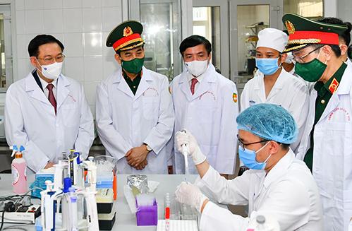 Ông Vương Đình Huệ: 'Phát triển vaccine Covid-19 không nhanh sẽ mất cơ hội'