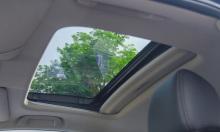 'Xe có cửa sổ trời thể hiện đẳng cấp'