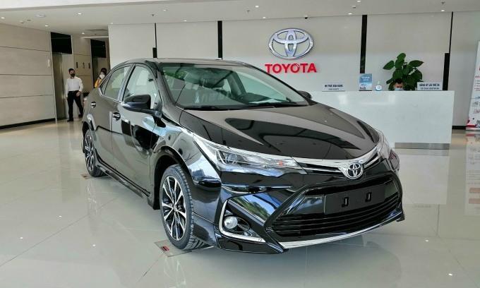 Toyota Altis giảm hơn 60 triệu đồng