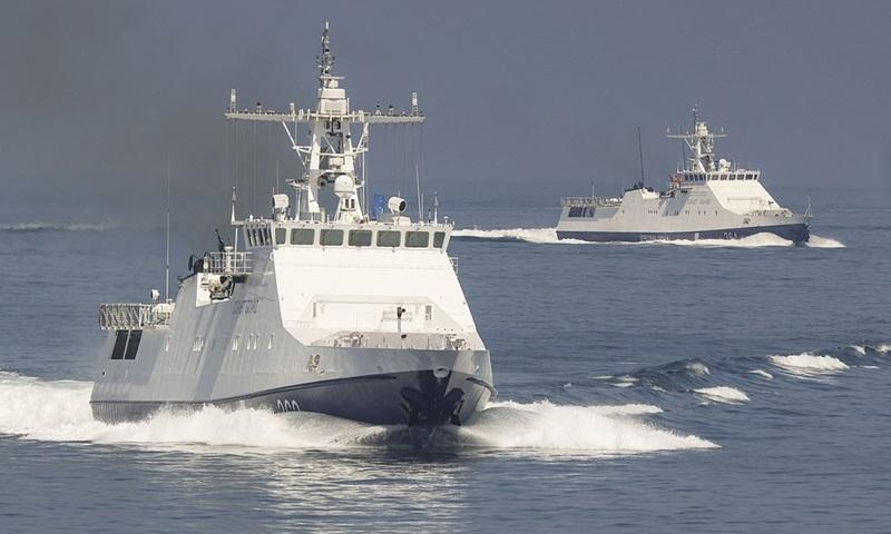 Nga cảnh báo ném bom tàu chiến xâm phạm