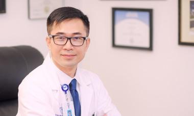 Bác sĩ Mỹ gốc Việt: 'Ngoài phân tầng điều trị, Việt Nam cần bảo vệ nguồn lực y tế'