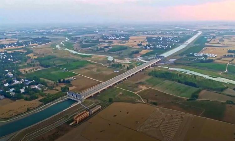 Hơn 40 tỷ m3 nước dẫn từ sông Trường Giang đến vùng khô hạn