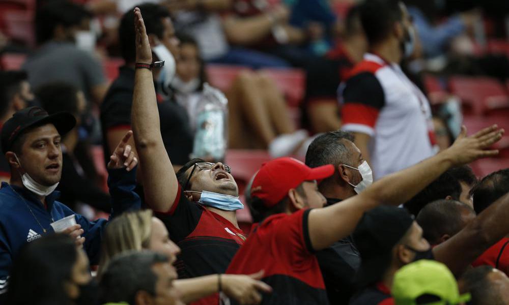 Lo ngại Brazil ăn mừng quá sớm trước Covid-19