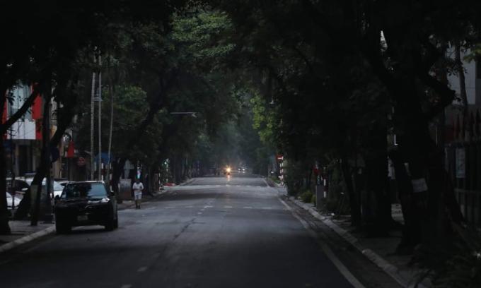 Nhịp sống ở Hà Nội giờ đầu cách ly xã hội