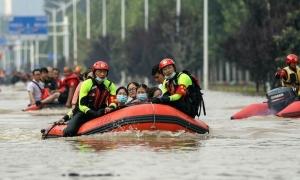 Trịnh Châu gióng cảnh báo về tàu điện ngầm trong lũ lụt