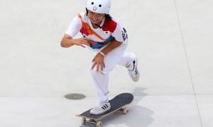 Cô bé 13 tuổi thành nhà vô địch Olympic