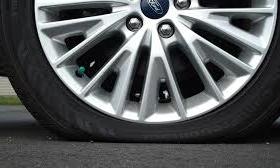 Tại sao xe lâu không đi lốp bị xịt?