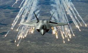 Kỹ thuật đỉnh cao của tiêm kích tàng hình F-22 Raptor