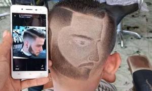 Anh chàng 'khóc thét' khi cắt tóc theo mẫu