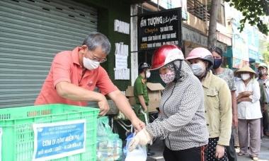 Điểm tin: F0 cộng đồng tại TP HCM tăng, Hà Nội xét nghiệm diện rộng đợt hai