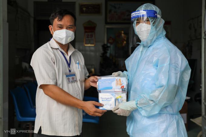 2.000 túi thuốc miễn phí cho F0 ở TP HCM