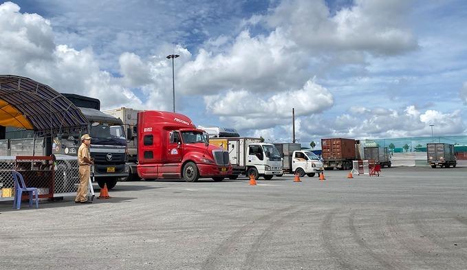 Đề nghị Cà Mau, Gia Lai gỡ ách tắc lưu thông hàng hóa
