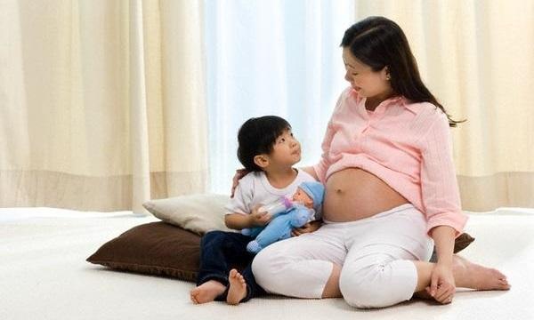 'Khó khăn không thể ngăn vợ chồng tôi sinh thêm con'