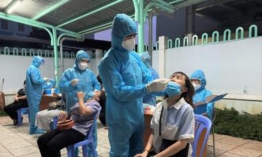 Điểm tin: Nhiều nơi hạ mức độ chống dịch, Bộ Y tế đề nghị xét nghiệm để nới giãn cách