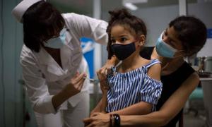 Vũ khí nội địa giúp Cuba bảo vệ trẻ em trước Covid-19