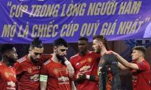Man Utd tan mộng 'ăn 6' khi thua West Ham