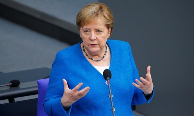 Châu Âu tìm người dẫn dắt thay thế Merkel