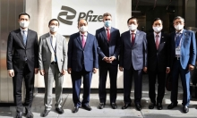 Pfizer cam kết hỗ trợ Việt Nam mua lại vaccine Ba Lan